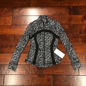 NWT Lululemon Define Jacket size 8